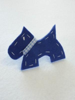 broche-con-perro-westie-en-azul-miscomplementosfavoritos-2