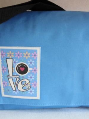 bandolera-de-lona-azul-con-decorado-love-miscomplementosfavoritos-1.jpg-5
