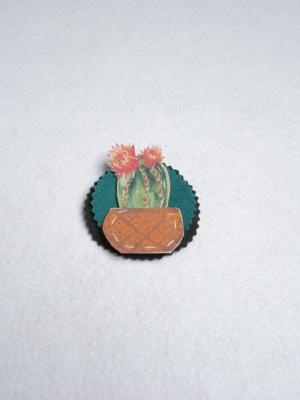 broche-con-cactus-y-flores-miscomplementosfavoritos-1