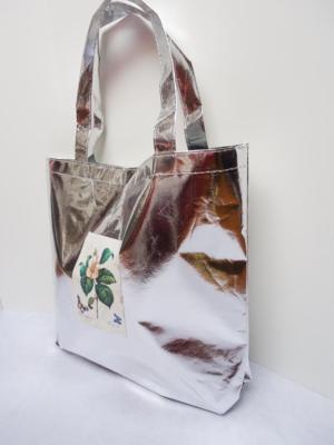 bolsa-grande-con-base-en-plateado-metalizado-con-decorado-floral-miscomplementosfavoritos-2